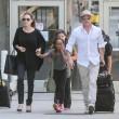 Brad Pitt e Angelina Jolie, nuova adozione: questa volta un bimbo siriano 5