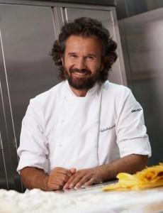"""Carlo Cracco chiede scusa per amatriciana con aglio: """"Era solo una battuta..."""""""