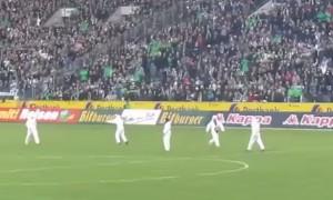 VIDEO YouTube Colonia perde al 90°, tifosi invadono campo
