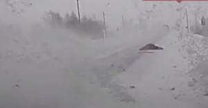 Russia, donna scaraventata in alto per 30 metri sopravvive per miracolo