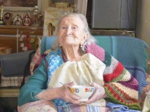 """Emma Morano, il segreto per vivere 115 anni: """"Uova crude, niente uomini"""""""