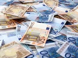Villaricca, 53 milioni di euro falsi trovati nella cantina di una villa