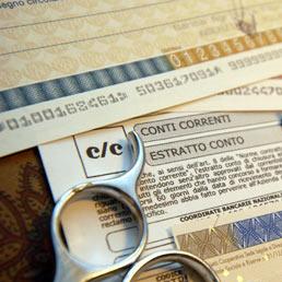 L'occhio del Fisco su conti e carte di credito 2013/14. La superbanca dati