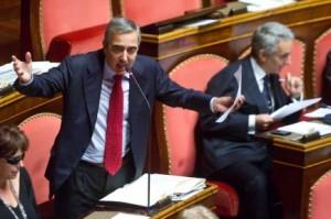 """Maurizio Gasparri: """"Matteo Renzi un poveraccio, destinato a condurre quiz"""""""