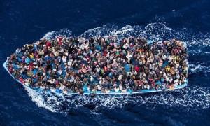"""Isis minaccia Italia: """"Mettiamo in mare 500mila migranti"""""""
