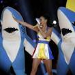 Super Bowl, performance Katy Perry: leone meccanico, 4 cambi abito, effetti speciali 3