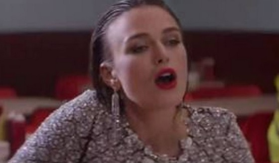 VIDEO YouTube. Keira Knightley orgasmo (simulato) al bar come Meg Ryan