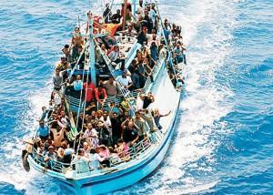 Lampedusa, soccorsi nella notte 100 migranti: 7 morti congelati
