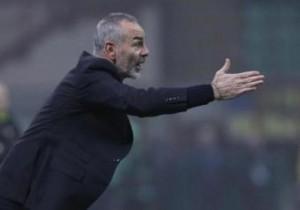 """Il Cesena è la formazione della serie A che perde il maggior numero di punti nelle riprese rispetto ai propri risultati al 45': -8 il saldo negativo romagnolo. In casa Cesena reduce da 4 sconfitte di fila: l'ultima volta che i romagnoli hanno fatto punti al """"Manuzzi"""" è stato lo scorso 23 novembre, 1-1 contro la Sampdoria. L'ultima vittoria risale al 31 agosto scorso, 1-0 sul Parma; poi bilancio di 4 pareggi e 5 sconfitte, con porta bianconera sempre aperta in queste 9 gare, per un totale di 20 gol al passivo. Lazio in striscia positiva in trasferta da 6 partite ufficiali di fila, con score di 3 successi ed altrettanti pareggi. L'ultima sconfitta biancoceleste risale al 9 novembre scorso, 1-2 ad Empoli, in campionato. (ha collaborato Football Data)."""