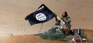 """Libia, ambiasciata italiana a connazionali: """"Lasciate subito il Paese"""""""