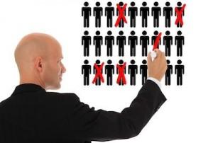 Licenziamenti collettivi al bivio sull'addio al reintegro. Decisione in CdM