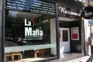La Mafia si siede a tavola: il caso del ristorante spagnolo arriva in Parlamento