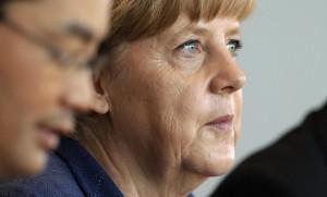 Ucraina: Merkel e Hollande da Putin, ma l'accordo non c'è