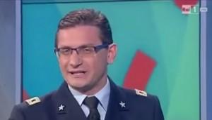 VIDEO YouTube Filippo Petrucci, meteorologo, si autoelogia in diretta tv