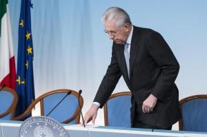 Aiuto a Renzi da Scelta Civica: 5 senatori (tranne Monti) passano al Pd