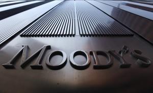 Grecia tratta con Europa: S&P taglia rating a B-, Moody's ci pensa