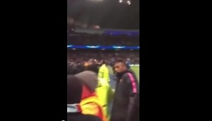 VIDEO YouTube: Neymar litiga col tifoso del Manchester City