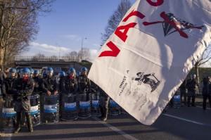 No Tav, irruzione alla Geostudio di Torino: 19 attivisti condannati
