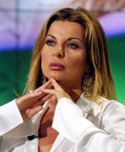 """Alba Parietti: """"Barbara D'Urso un tritacarne, non le importa di Fabrizio Corona"""""""