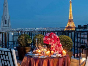 San Valentino, prenota last minute (e low cost): Parigi, Madrid, Amsterdam...