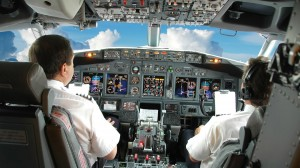 Mario Moriggi, pilota Alitalia cassaintegrato volava in Turchia: patteggia 8 mesi
