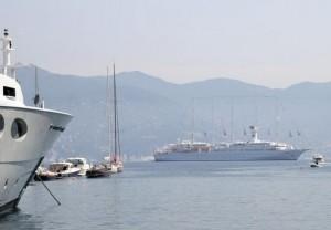 Portofino, navi da crociera più vicine alla cosa non si può