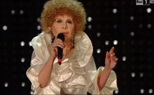 VIDEO YouTube - Virginia Raffaele imita Ornella Vanoni a Sanremo