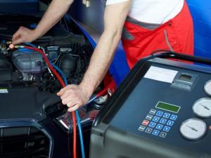 Revisione auto-moto, se non la fai la multa arriva a casa: 155 euro