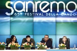 """Sanremo, le tre donne: Emma la rock, Arisa la """"simpatica"""" e Rocìo la bella"""