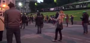 """Sentinelle in piedi contestate a Genova: """"Fascisti, bigotti e omofobi"""""""