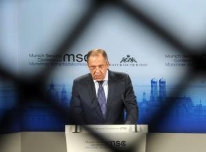 "Russia minaccia Usa: ""Armi all'Ucraina? Conseguenze imprevedibili"""