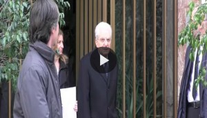 Sergio Mattarella a Palermo, prima il barbiere poi la messa VIDEO