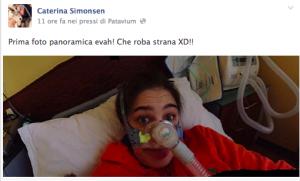 """Caterina Simonsen alle Invasioni Barbariche: """"Vivo con 4 malattie genetiche"""""""