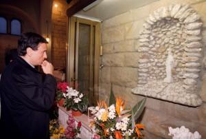 """Madonnina di Civitavecchia, vescovo: """"Papa Wojtyla credeva a lacrime di sangue"""""""