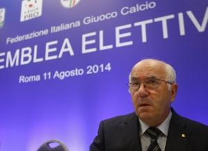 Carlo Tavecchio da Graziano Delrio: avoca a sè delega Claudio Lotito