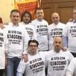 """""""Io sto con Stacchio"""": la maglietta in Aula dei deputati della Lega Nord"""