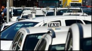 Taxisti e Uber surfisti sopra le leggi