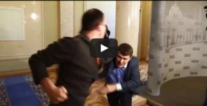 VIDEO YouTube - Due deputati ucraini si picchiano in Parlamento