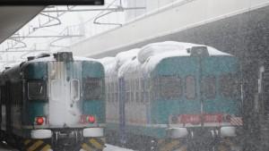 Maltempo, giovedì 35 treni cancellati per neve tra Liguria e Piemonte