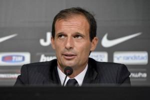 """Juventus, Allegri 'corregge' Conte: """"Siamo in ristorante costoso"""""""