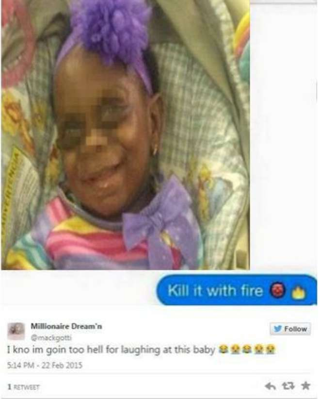 """Su twitter la foto della figlioletta malata. Gli utenti la offendono: """"Orribile"""""""