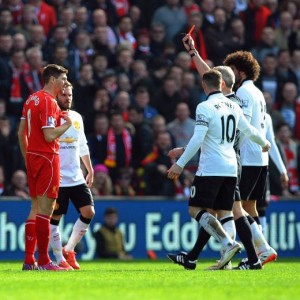 VIDEO YouTube, Gerrard shock: entrata killer e rosso dopo 40 secondi