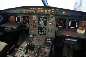 """Andreas Lubitz, Alitalia torna alla regola: """"Almeno due in cabina"""""""