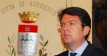 Presidente Pd in Sicilia lascia Fece una visita a Berlusconi