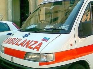 Napoli, ha la febbre è il 118 non lo ricovera: muore dopo poche ore
