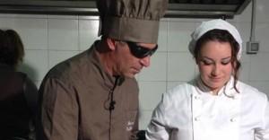 Anthony Andaloro, non vedente diventa chef: i suoi clienti mangiano al buio