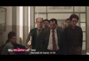 """In primo piano Antonio Gerardi, che in """"1992"""" interpreta Antonio Di Pietro"""