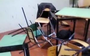 Macerata, prof le tira contro il banco: alunna all'ospedale con 2 costole rotte