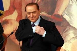 """Berlusconi paga ancora le """"insaziabili"""" olgettine. Parola di ragionier Spinelli"""