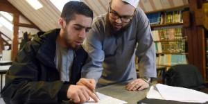 Francia. Cappellani musulmani nelle carceri: guide spirituali, sentinelle anti-jihad